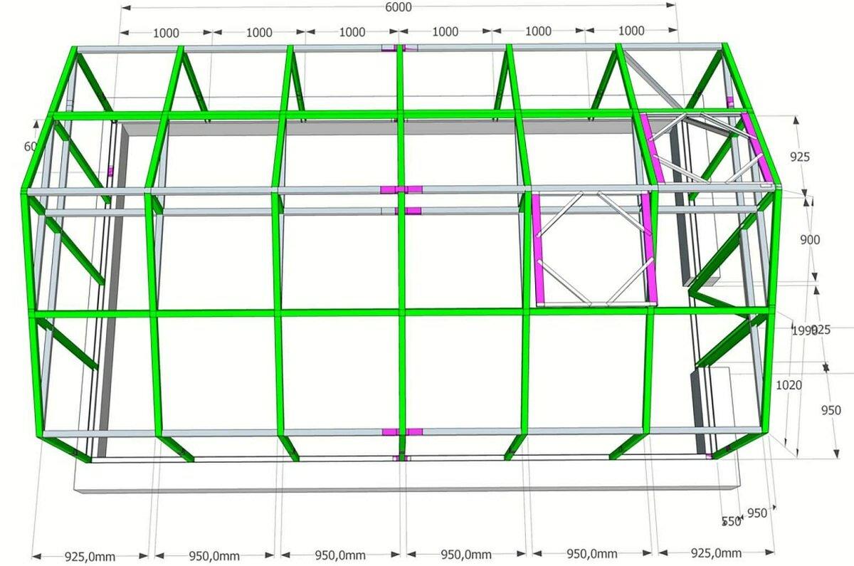 На схеме теплицы указаны размеры всех конструкционных элементов, благодаря чему легко посчитать количество необходимого материала