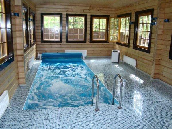 Отличным вариантом для частного дома станет обустройство круглогодичного бассейна